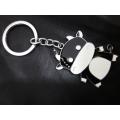 พวงกุญแจ  fashion แฟชั่น ลาย วัว สีดำ ขาว